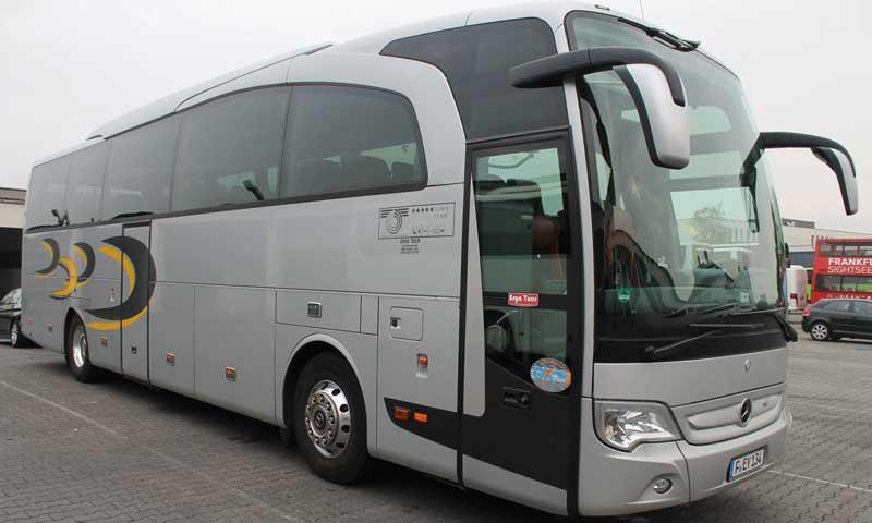 Reisebus für kleine Gruppen